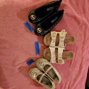 3 prs of girls shoes (lot)